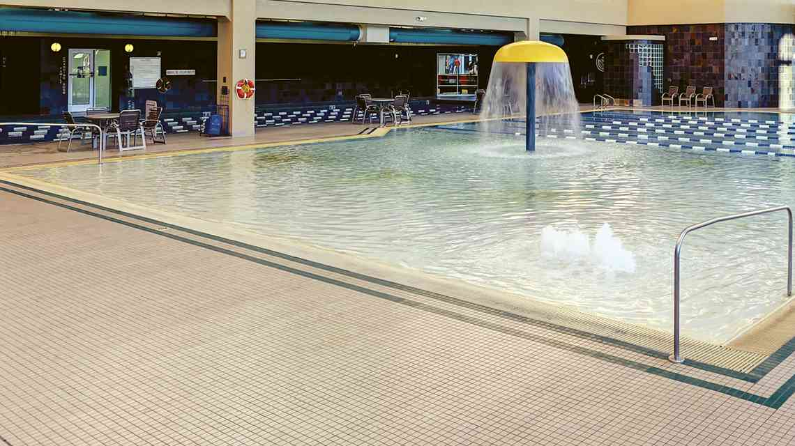 Go to Facility Indoor Pool