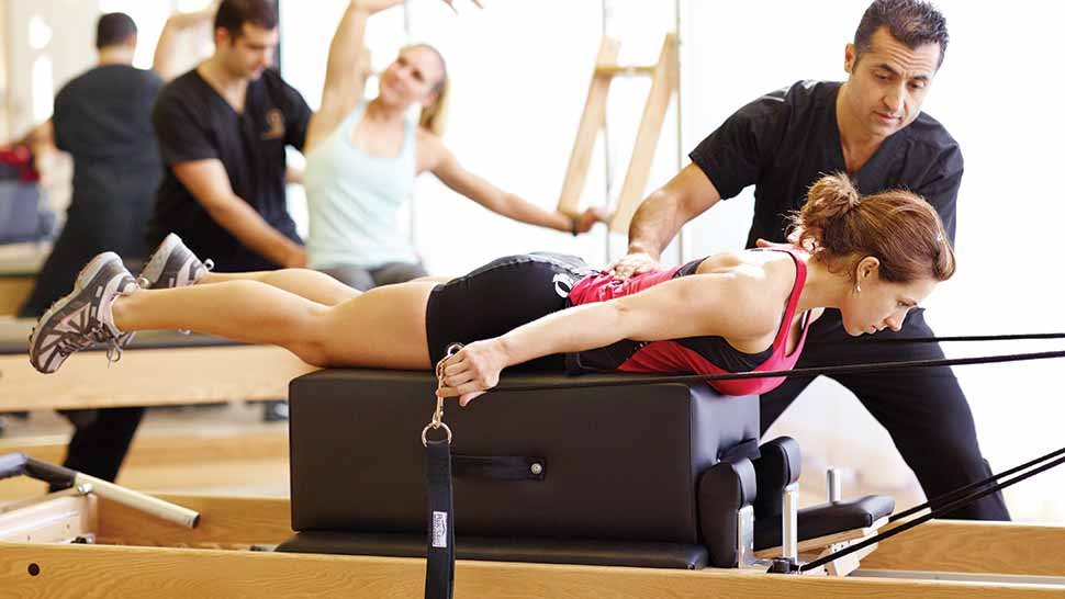 A woman receiving sports rehab