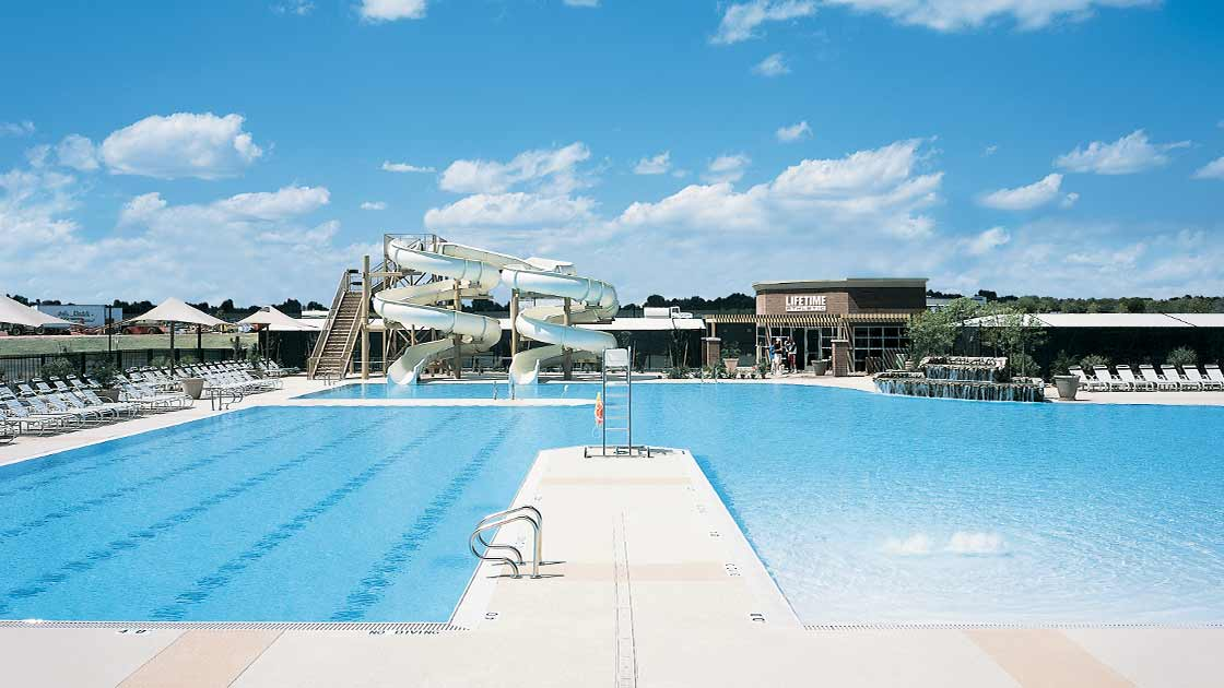 Image of a Life Time Fitness pool